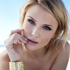 Claire Alyse Makeup LLC - Makeup Artist / Hair Stylist in Carlsbad, California