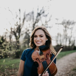 Olivia Steiner - Violinist in Brooklyn, New York