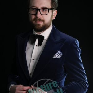 Cody Moynihan - Mentalist / Comedy Magician in Toronto, Ontario