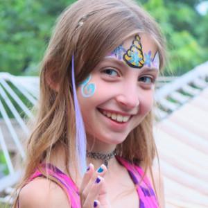 Cyndi Facepaints - Face Painter in St Charles, Illinois