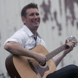 Dan Mazur Music, LLC - Singing Guitarist in Livonia, Michigan