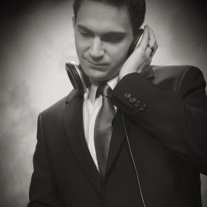Dancing DJ Productions - Wedding DJ in San Diego, California