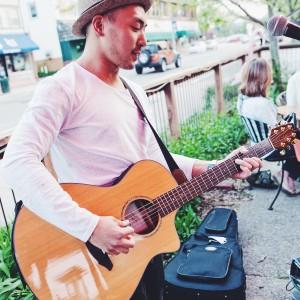 Daniel Switch - Singing Guitarist in Minneapolis, Minnesota