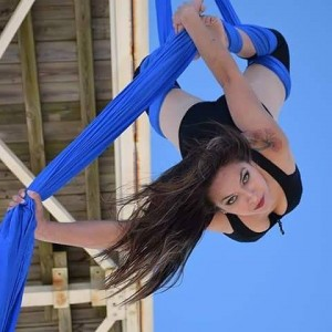 Daniela - Aerialist / 1920s Era Entertainment in Springfield, Missouri