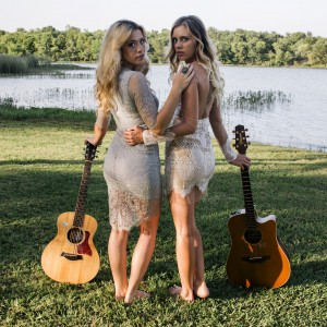 Danni and Kris - Acoustic Band in Fort Worth, Texas