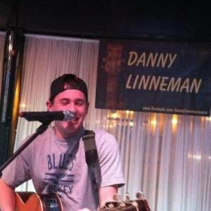 Danny Linneman Music - Singing Guitarist in Springfield, Missouri