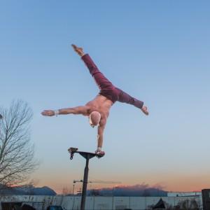 Darren Bersuk (Power Tower) - Acrobat in Vancouver, British Columbia