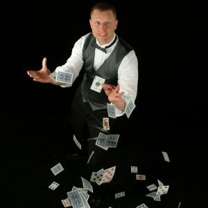 Chandler Boston Magician - Corporate Magician in Nashua, New Hampshire