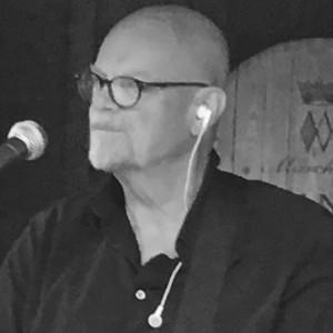 Dave Reynolds - Singing Guitarist in Seattle, Washington