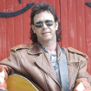 David DeWees - Singing Guitarist in Mukwonago, Wisconsin