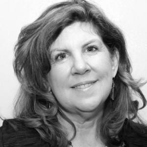 DeAnn Kerr, the Grassroots Goddess - Political Speaker in Chicago, Illinois