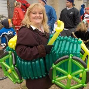 Dena The Balloon Lady - Balloon Twister in Springfield, Missouri