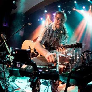 Derick Howard - One Man Band in Columbus, Indiana
