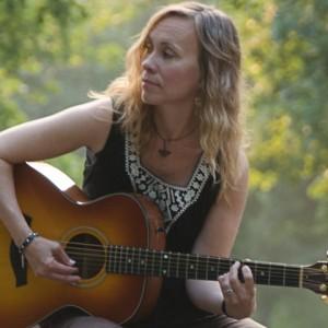 Diane Jarvi - Singing Guitarist in Minneapolis, Minnesota