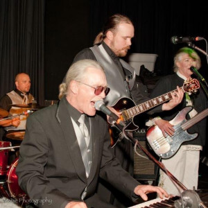 Dino Soars - Wedding Band / Party Band in Chewelah, Washington