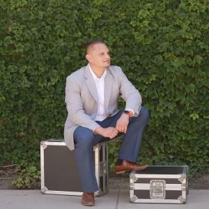 DJ Hector VIBES - Wedding DJ in Los Angeles, California