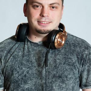 Dj Maxx - Mobile DJ / Wedding DJ in Oxford, Mississippi