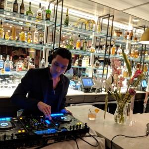 DJ transaction - DJ in New York City, New York