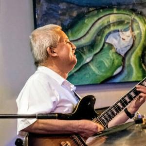 Domingo on Guitar - Jazz Guitarist in Atlanta, Georgia