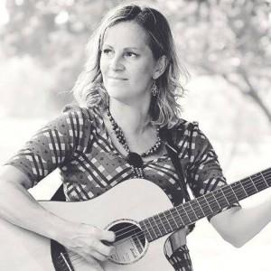 Denise - Guitarist in Des Moines, Iowa