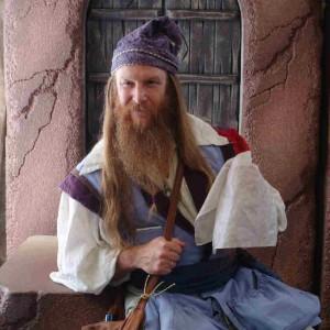 Ed the Wizard - Strolling/Close-up Magician / Magician in Orange, Massachusetts