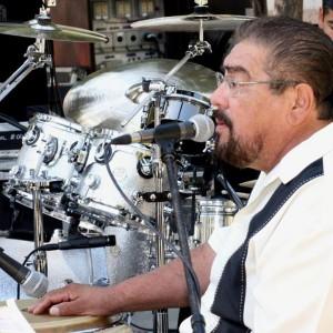 los elegantes - Latin Band in Sacramento, California