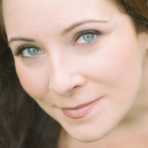 Elisa Nikoloulias, Versatile Soprano - Classical Singer in New York City, New York