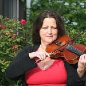 Elizabeth Delk Stacy - Violinist / Strolling Violinist in Baltimore, Maryland