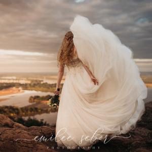 Emilee Service Photography - Wedding Photographer / Photographer in Conway, Arkansas