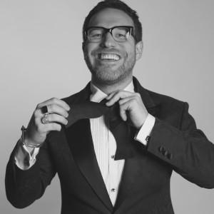 Entertain and Inspire - Corporate Magician in Toronto, Ontario