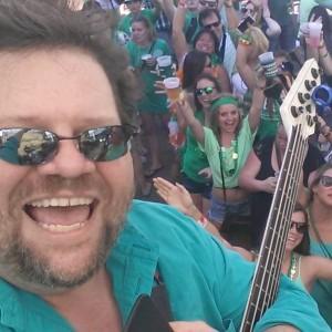 Scott Goodhart - Experienced bass guitarist/singer - Bassist / Singing Guitarist in Savannah, Georgia