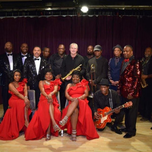 Fantasy Band feat. Connie Wilson and the Motown Reflections Revue - Wedding Band in Chicago, Illinois