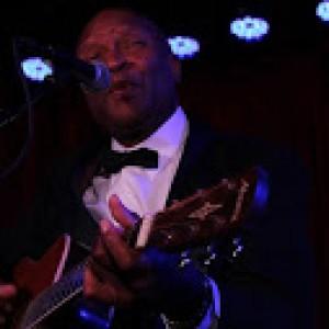 Franklin - Singing Guitarist in Fort Lauderdale, Florida