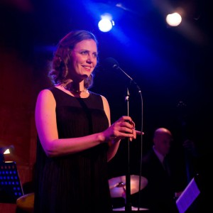 Elise LaBarge, French and Jazz Singer - Jazz Singer in Chicago, Illinois