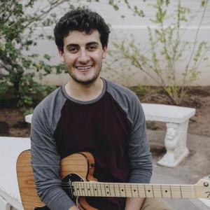 Gabe Lehrer - Singing Guitarist in Tempe, Arizona