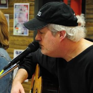 Gary Weber - Singing Guitarist in Green Bay, Wisconsin