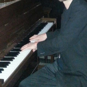 Good news Piano - Pianist / Holiday Party Entertainment in St Louis, Missouri