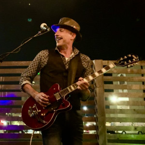 Greg Despins - Singing Guitarist / 1990s Era Entertainment in Austin, Texas