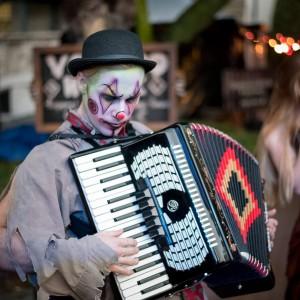 Kardboard the Clown