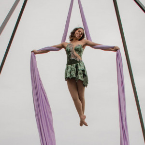Haley Stardust - Aerialist in Manheim, Pennsylvania