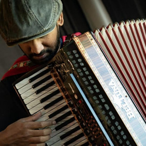 Breezy Bellows - Accordion Player / Street Performer in San Francisco, California