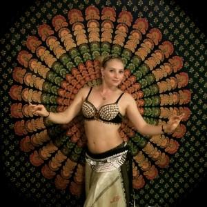 Helenka Belly Dance Hawaii - Belly Dancer in Oahu, Hawaii