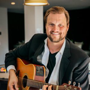 Ian Campbell - Singing Guitarist in Denver, Colorado