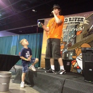 IE the Entertainer - Strolling/Close-up Magician / Children's Party Magician in Porter, Texas