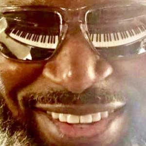 IKE Mullins - Singing Pianist in Atlanta, Georgia