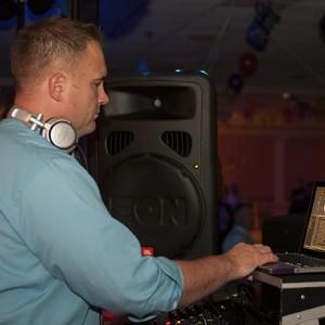 In The Mix Productions - Wedding DJ in Boston, Massachusetts