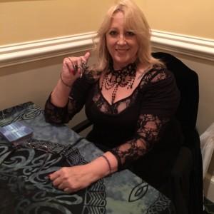 Insightful Tarot Reader Annette Alford - Tarot Reader / Psychic Entertainment in Woburn, Massachusetts