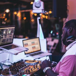 J Dub Entertainment - Wedding DJ in South Boston, Virginia