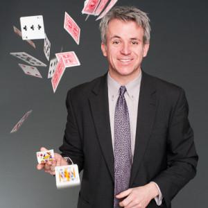 James Sanden - Chicago Comedy Magician - Magician in Chicago, Illinois