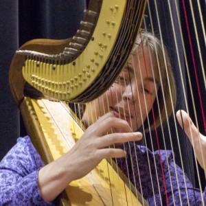 Jane Hogarth Minnis - Harpist in Norwalk, Connecticut